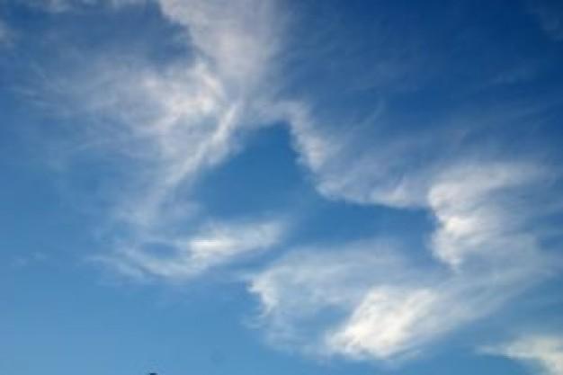 cloud-wisps_2878714