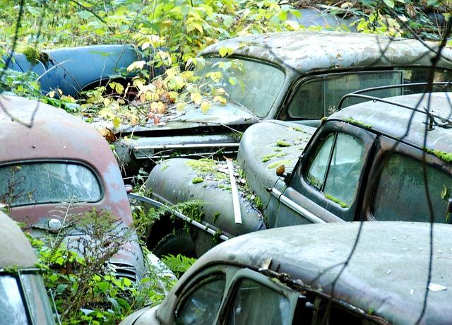 car-cemetery-342598_640